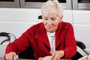 最好的爱情97岁奶奶不愿吃药急哭99岁爷爷